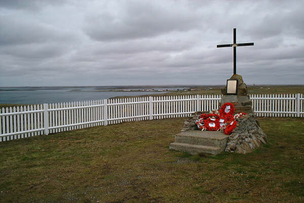 2 Para Memorial Goose Green / Darwin, Falkland Islands...